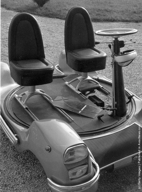 1964: The 'Urbania', the world's smallest working car, invented by Marquis Piero Bargagli of Poggio Adorno