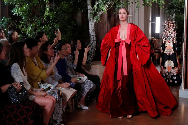 A model presents a creation by designer Pierpaolo Piccioli, as part of his Haute Couture Fall/Winter 2019/20 collection show for Valentino in Paris, France, July 3, 2019. (Photo by Charles Platiau/Reuters)