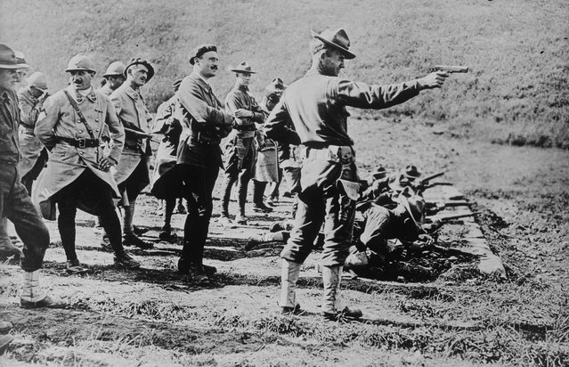 A U.S. Marine leads training on a shooting range in France in an undated photo taken during the First World War. (Photo by Reuters/Courtesy Library of Congress)