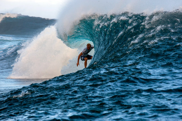 Australia's Owen Wright competes in the 2015 Billabong Pro Tahiti, World Surf league tour n°3, along the Teahupo'o coast, western of the French polynesia island of Tahiti, on August 24, 2015. (Photo by Gregory Boissy/AFP Photo)