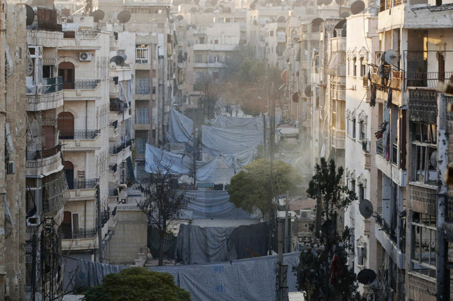 A general view shows the Zeno street frontline in Aleppo November 18, 2014. (Photo by Hosam Katan/Reuters)