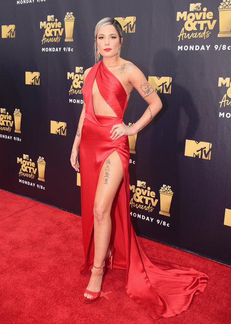 Recording artist  Halsey attends the 2018 MTV Movie And TV Awards at Barker Hangar on June 16, 2018 in Santa Monica, California. (Photo by Christopher Polk/Getty Images for MTV)
