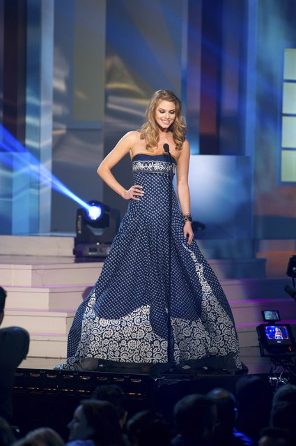 Silvia Prochadzkova, Miss Slovak Republic 2014, debuts her national costume during the Miss Universe Preliminary Show in Miami, Florida in this January 21, 2015 handout photo. (Photo by Reuters/Miss Universe Organization)