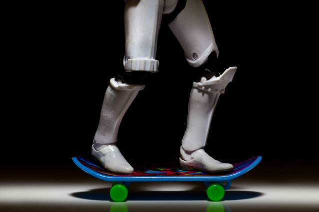A storm trooper rides a skateboard, taken in Glasgow, Scotland, December 2016. (Photo by David Gilliver/Barcroft Images)