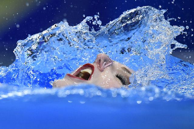 Svetlana Romashina of Russia performs in the final of women's free routine of artistic swimming of FINA Swimming World Championships in Gwangju, South Korea, 17 July 2019. Romashina won the gold medal. (Photo by Tamas Kovacs/EPA/EFE)