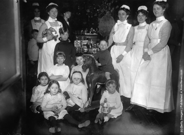 1913: Christmas entertainments at the Hospital for Sick Children in Great Ormond Street, London