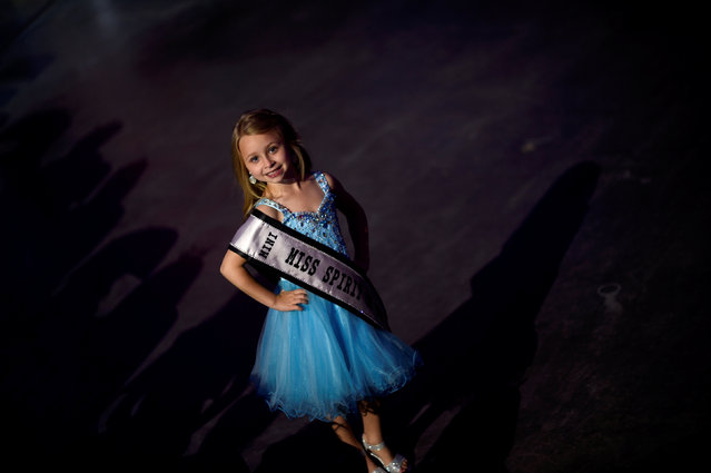Aeowyn Holmes, 6, Mini Miss Spirit of New York, poses for a portrait before the 97th Miss America Competition in Atlantic City, New Jersey U.S. September 10, 2017. (Photo by Mark Makela/Reuters)
