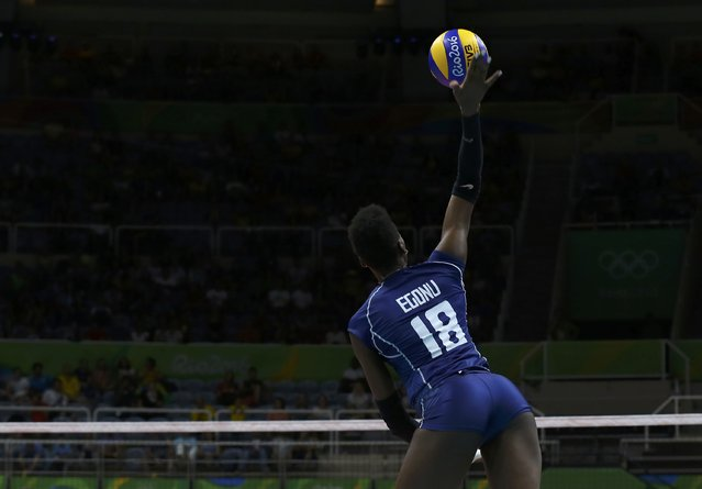 2016 Rio Olympics, Volleyball, Women's Preliminary, Pool B Serbia vs Italy, Maracanazinho, Rio de Janeiro, Brazil on August 6, 2016. Paola Egonu (ITA) of Italy serves the ball. (Photo by Marcelo del Pozo/Reuters)