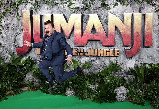 "Actor Jack Black poses for photographers as he arrives for the  UK premiere of ""Jumanji: Welcome to the Jungle"", at the Vue West End, Leicester Square, central London, Britain  December 7, 2017. (Photo by Simon Dawson/Reuters)"