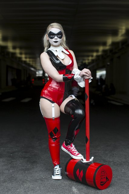 Kaylessi poses as Harley Quinn on day two of New York Comic Con in Manhattan, New York, October 9, 2015. (Photo by Andrew Kelly/Reuters)