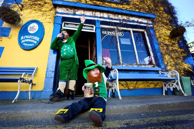 PJ Quigley and Sam Hogan age 2 from Castleconnell pictured getting ready for the Leprechaun Gathering which will be held in Castleconnell, Limerick on St Patricks Day where a they are looking to break the Guinness World Record by gathering the most Leprechauns together which is set from last years Bandon group of 1263. (Photo by Brian Arthur/Press22)