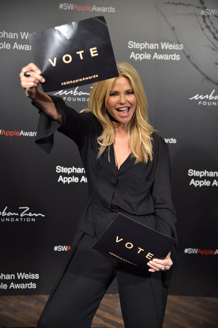 Christie Brinkley attends the 2018 Stephan Weiss Apple Awards at Stephan Weiss Studio on October 24, 2018 in New York City. (Photo by Theo Wargo/Getty Images)