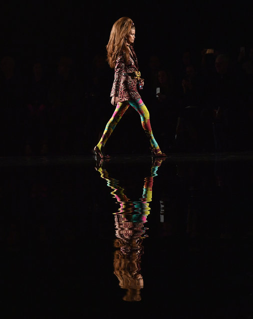 A model walks the runway at the Versace Pre-Fall 2019 Runway Show on December 2, 2018 in New York City. (Photo by Angela Weiss/AFP Photo)