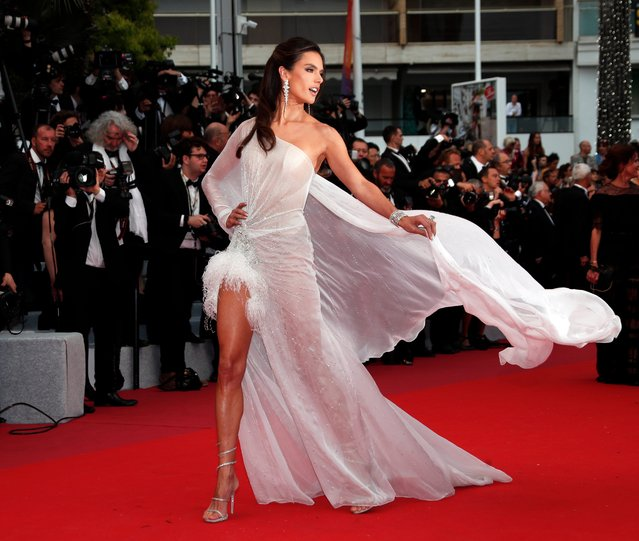 "Alessandra Ambrosio arrives for the screening of ""The Dead Don't Die"" and the Opening Ceremony of the 72nd annual Cannes Film Festival in Cannes, France, 14 May 2019. Presented in competition, the movie opens the festival which runs from 14 to 25 May. (Photo by Ian Langsdon/EPA/EFE)"