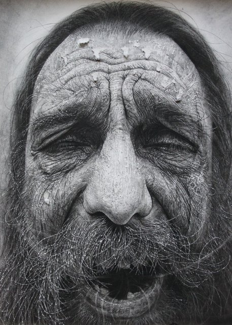 The realistic charcoal portraiture of Douglas McDougall