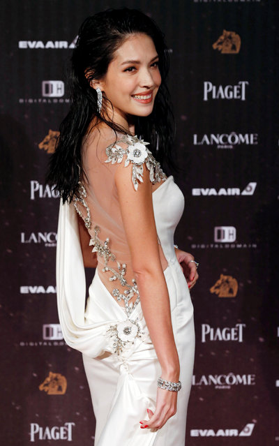 Actor Tiffany Hsu poses on the red carpet at the 53rd Golden Horse Awards in Taipei, Taiwan November 26, 2016. (Photo by Tyrone Siu/Reuters)