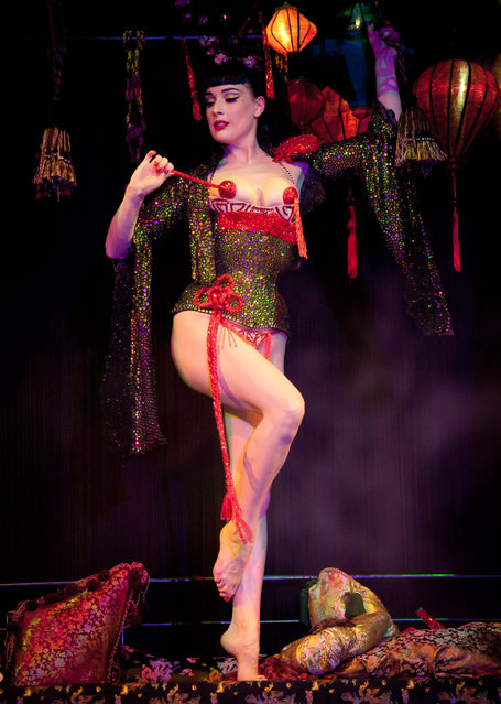 Dita Von Teese performs on stage during Erotica 2010 at Olympia Exhibition Centre on November 20, 2010 in London, England. (Photo by Ian Gavan/Getty Images)