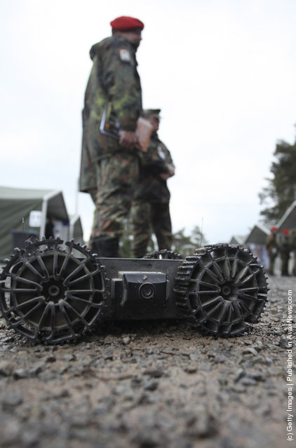 European Land-Robot Trial (ELROB), Military robot, Armadillo M-UGV
