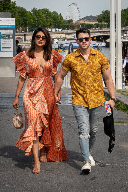 "Priyanka Chopra and husband Nick Jonas are seen as they disembarked from the boat ""Shivas"" after a cruise with Joe Jonas, Sophie Turner and Wilmer Valderrama on the river Seine on June 24, 2019 in Paris, France. (Photo by Marc Piasecki/GC Images)"