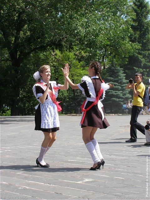 The Last School Bell Day in Luhansk 2010