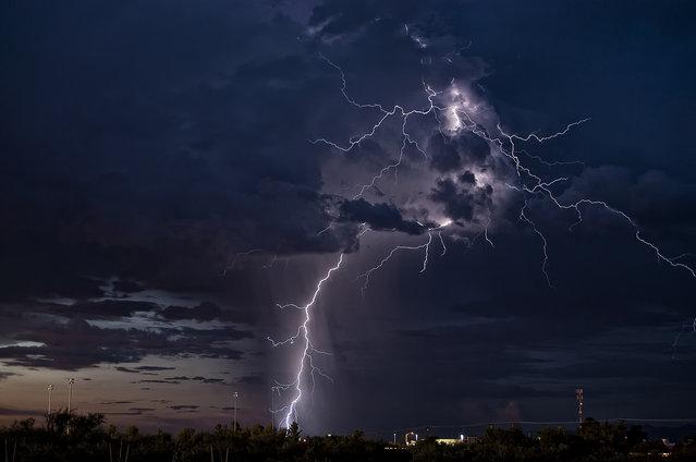 Thunderstorm outside Sierra Vista, Arizona, 2011