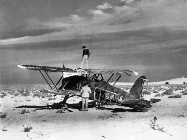Brought down by planes of the Royal Air Force, Italian this C.R. 42 managed to force-land in the desert near Sollum, Libya, on February 7, 1942. (Photo by AP Photo)