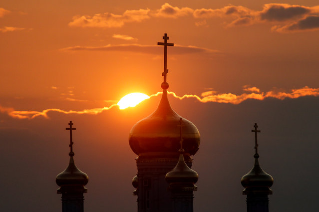The church of St. Prophet Ilya is pictured during sunset in Nizhny Novgorod, Russia, August 26, 2017. (Photo by Maxim Shemetov/Reuters)