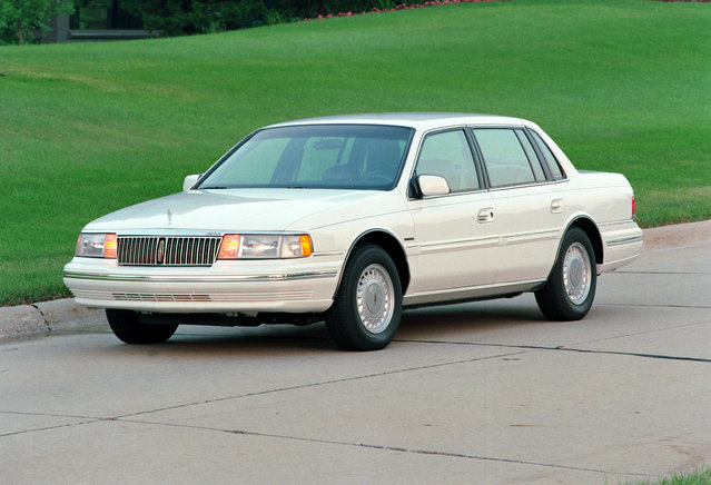 This undated photo provided by the Ford Motor Co. shows the 1992 Lincoln Continental. (Photo by AP Photo/Ford Motor Co.)