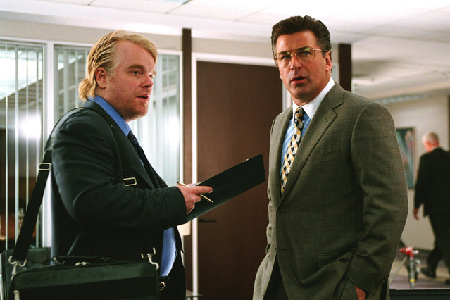 """""""Along Came Polly"""", Philip Seymour Hoffman, Alec Baldwin, 2004. (Photo by Universal/Everett Collection)"""