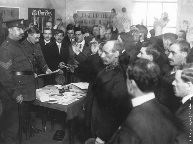 1914: Army recruits taking the oath at offices in White City