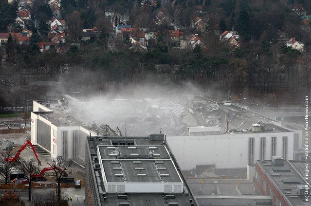 Demolition Of The Deutschland Halle