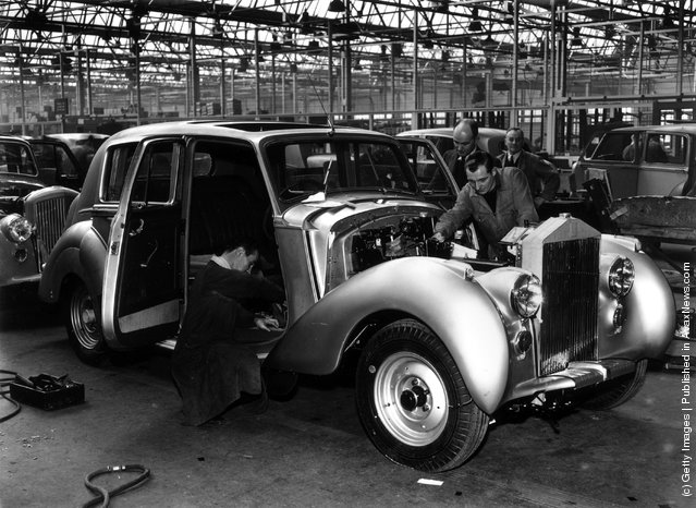 1950: A Rolls Royce 'Silver Dawn' on the assembly line at the Rolls Royce works in Crewe, Cheshire