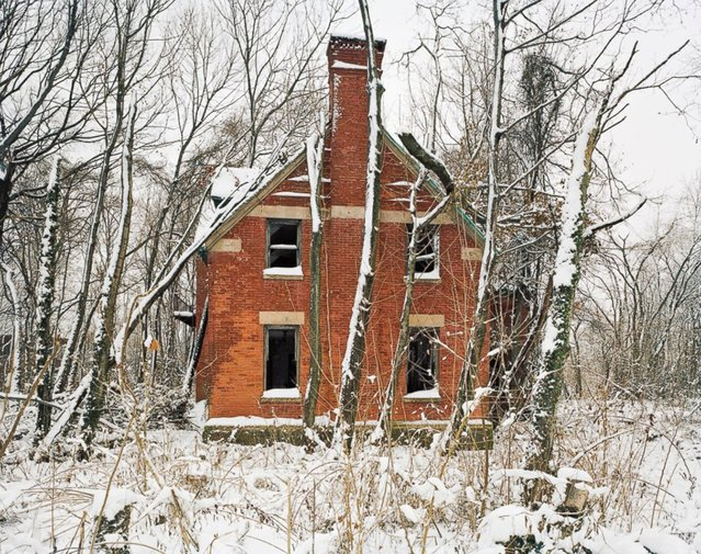 Male Dormitory, North Brother Island, New York. (Photo by Christopher Payne)