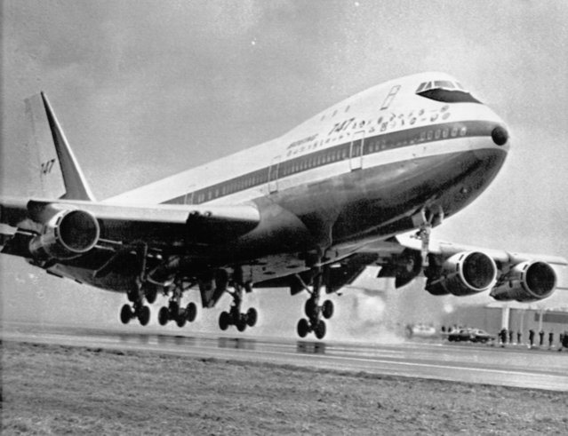 A Boeing 747 jumbo jet plane taking off for its first flight at the Boeing plant in Everett, Washi., USA on February 9, 1969. The 747 is the world's largest commerical aircraft. (Photo by AP Photo)