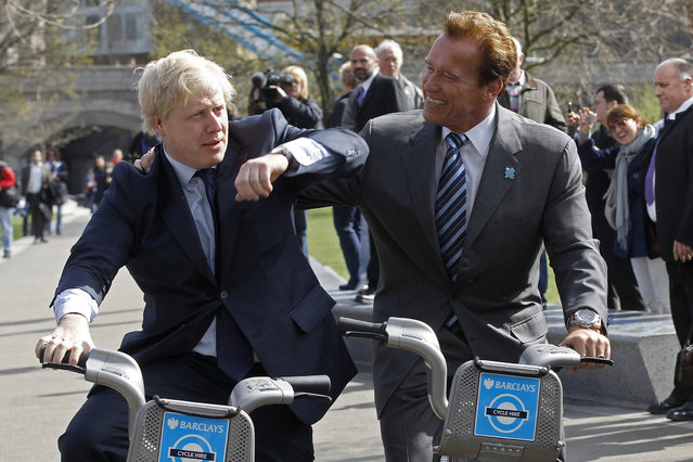 Former California Governor, Arnold Schwarzenegger (R), and London Mayor Boris Johnson pose for photographers, in London March 31, 2011. (Photo by Stefan Wermuth/Reuters)