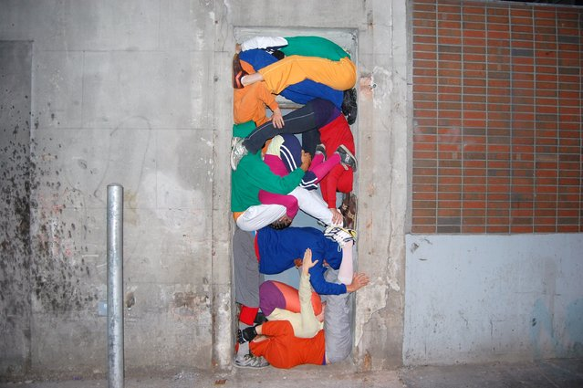 Willi Dorner, Bodies in Urban Spaces, September 26, 2010
