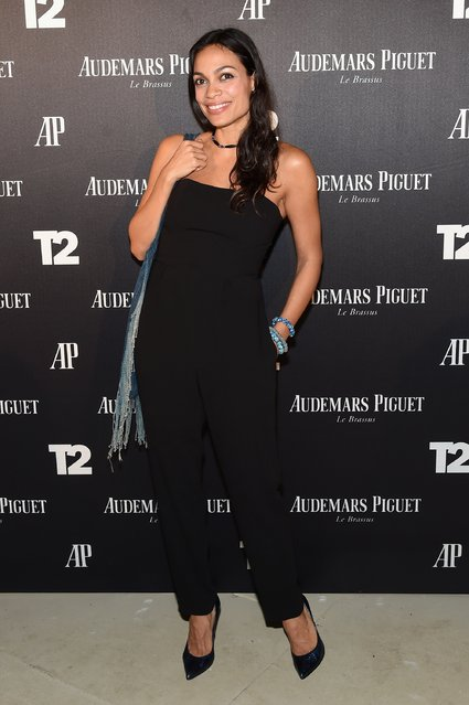 "Rosario Dawson attends the Miami Beach Kickoff Party at Audemars Piguet Art Commission ""Reconstruction Of The Universe"" by Sun Xun hosted by Take-Two Interactive at Oceanfront Miami Beach on November 30, 2016 in Miami, Florida. (Photo by Jamie McCarthy/Getty Images for Take-Two Interactive)"