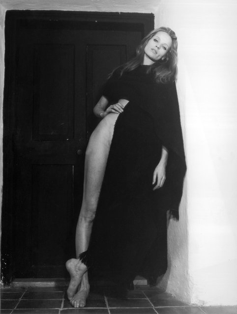 """May 1970: German model Vera von Lehndorff, who is to star in the movie """"Veruschka – Poesia di una Donna"""", directed by her fiance Franco Rubartelli. (Photo by Keystone Features/Getty Images)"""