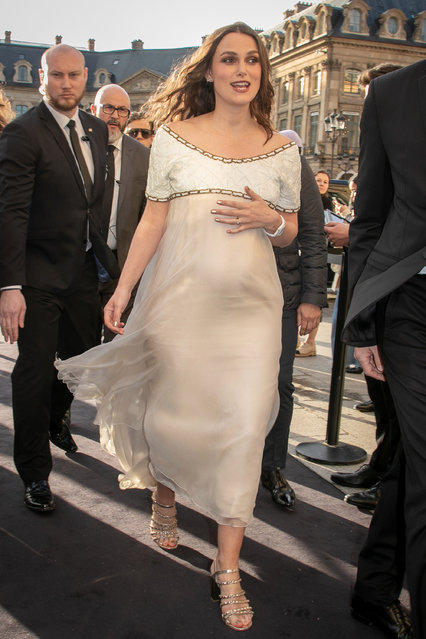 Actress Keira Knightley attends the CHANEL J12 cocktail on Place Vendome on May 02, 2019 in Paris, France. (Photo by Marc Piasecki/GC Images)