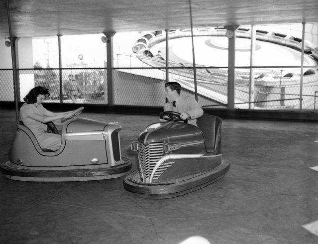 The bumper cars at Palisades Amusement Park, New Jersey, May 31, 1945. (Photo by Charles K. Lucas/AP Photo)