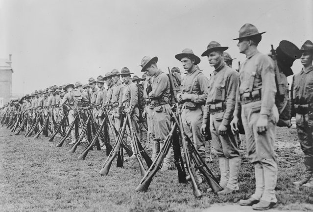 U.S. Marines form a line in France in an undated photo taken during the First World War. (Photo by Reuters/Courtesy Library of Congress)