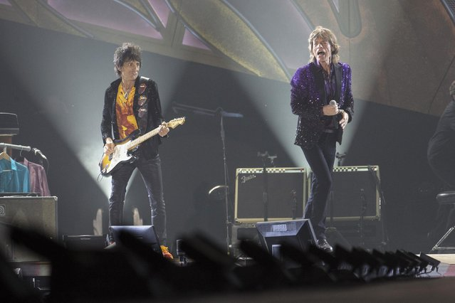 "Rolling Stones On Tour  ""14 on Fire"""