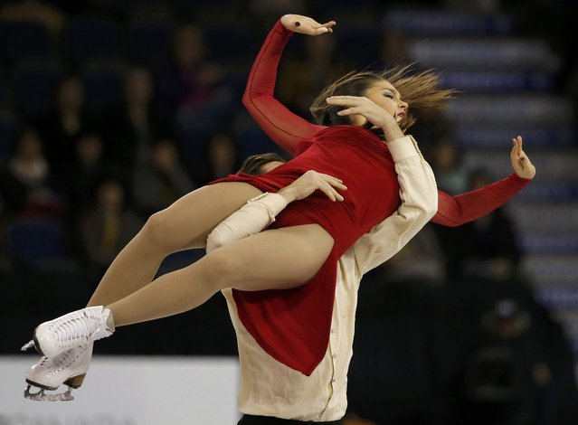 Laurence Fournier Beaudry and Nikolaj Sorensen of Denmark perform during the Ice Dance free dance program at Skate Canada International in Lethbridge, Alberta October 31, 2015. (Photo by Jim Young/Reuters)