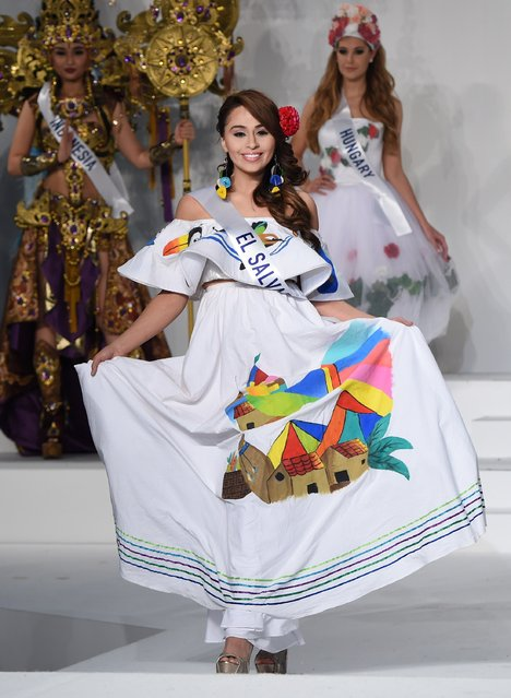 Miss El Salvador Eugenia Avalos displays her national costume during the Miss International beauty pageant in Tokyo on November 5, 2015. (Photo by Toru Yamanaka/AFP Photo)