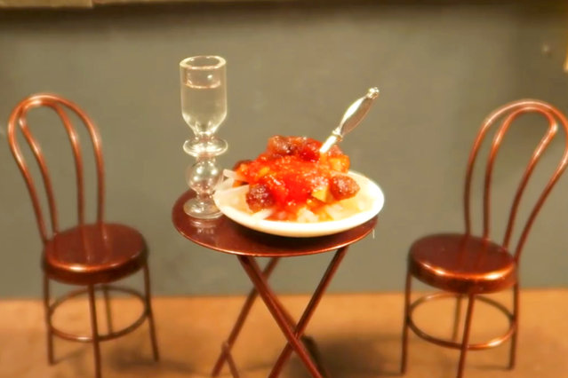 The finished product: a tiny plate of spaghetti prepared by artist, Jay Baron. (Photo by Jay Baron/Caters News)