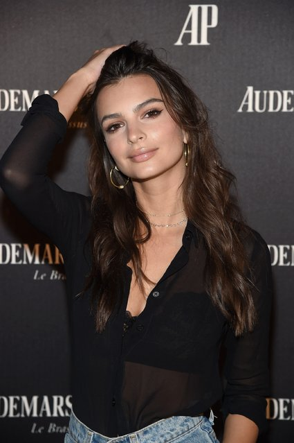 "Emily Ratajkowski attends the Miami Beach Kickoff Party at Audemars Piguet Art Commission ""Reconstruction Of The Universe"" by Sun Xun hosted by Take-Two Interactive at Oceanfront Miami Beach on November 30, 2016 in Miami, Florida. (Photo by Jamie McCarthy/Getty Images for Take-Two Interactive)"