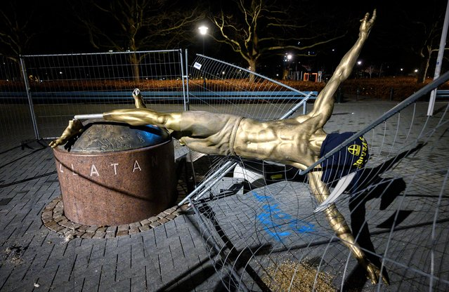 The staue of football player Zlatan Ibrahimovic placed at the square next to Stadion football arena in Malmo, Sweden, has been completly sawn down and destroyed during the night January 05, 2019. (Photo by Johan Nilsson/TT News Agency via Reuters)