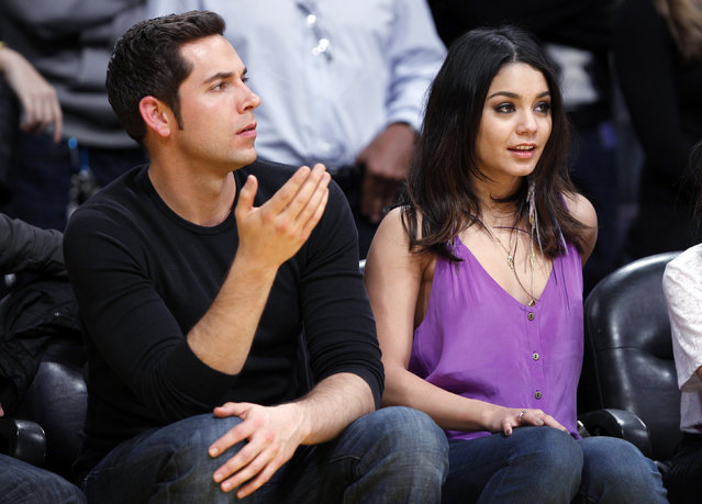 Vanessa Hudgens and Zach Levi watch the Lakers play the Suns in Los Angeles, March 2011. (Photo by Lucy Nicholson/Reuters)