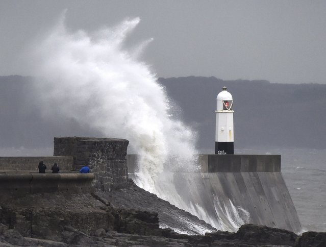 Waves crash over the lighthouse at Porthcawl, Wales, Britain December 23, 2016. High winds affected parts of Wales as Storm Barbara approached the British Isles. (Photo by Rebecca Naden/Reuters)
