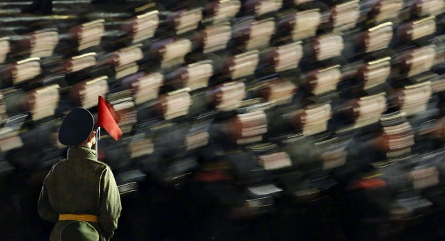 Russian servicemen take part in a rehearsal for the Victory parade on Moscow's Red Square May 4, 2015. (Photo by Maxim Shemetov/Reuters)